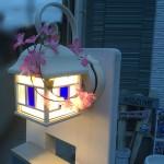 桜の門柱デコレーション、桜の門灯が綺麗にできました。
