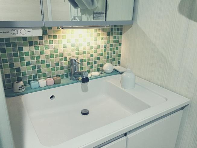 洗面所 洗面台 洗面化粧台 間接照明 DIY 照明