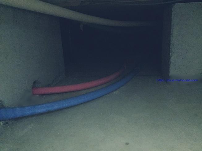 床下 点検 もぐる ベタ 基礎 収納 断熱材 掃除 アリ 蟻 ゴキブリ シロアリ 浸水 侵入 経路 駆除 殺虫 防止