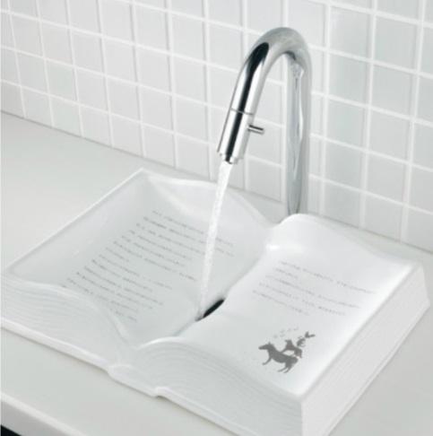カクダイDa Reyaアイキャッチ水栓 活字離れは良くないです 面白洗面ボウル