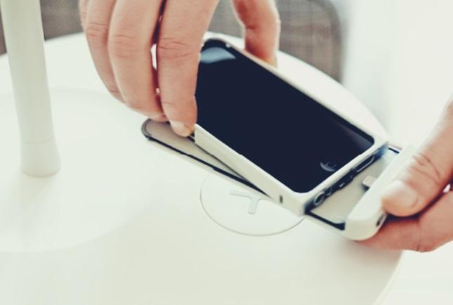 IKEA イケア iPhone スマートフォン スマホ ワイヤレス充電カバー アダプタ VITAHULT ヴィータフルト