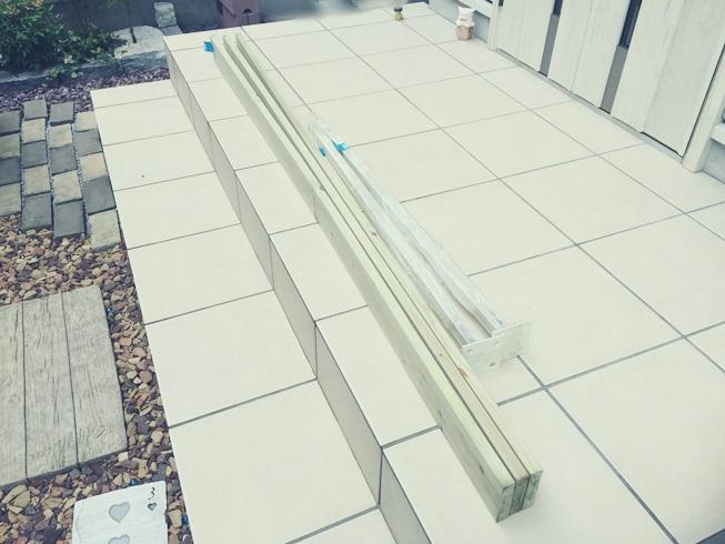 鉄 ウッド フェンス 支柱 1×4 白 購入