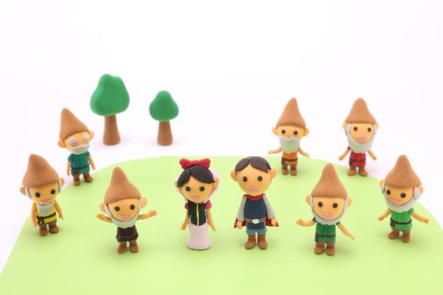スタンドミラー ウォールミラー DIY リメイク インテリア 魔法の鏡 白雪姫 七人の小人