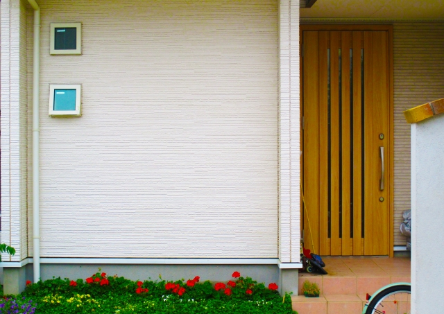 ニチハ サイディング マイクロガード KMEW ケイミュー 親水セラ 外壁 汚れ