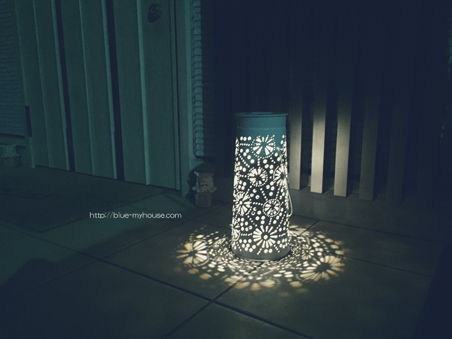 IKEA イケア SOLVINDEN ソルヴィンデン LED ソーラー ライト 照明 ガーデン 庭 屋外 デコレーション きれい 綺麗 キレイ おしゃれ 陰影 2017 点灯 口コミ レビュー 玄関ポーチ